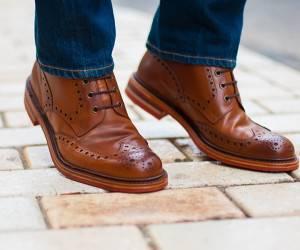 کفش رسمی با شلوار جین